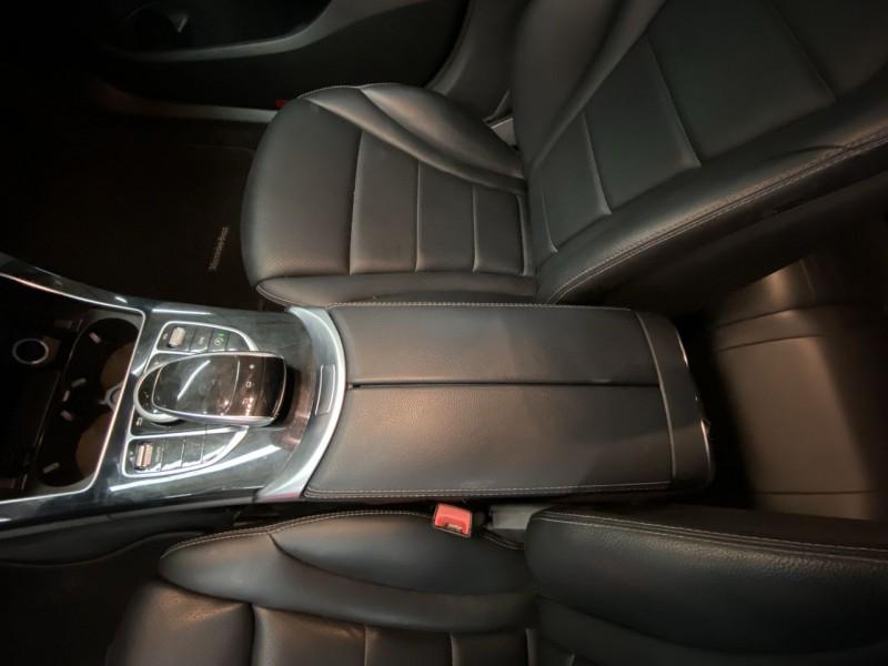 Mercedes-Benz C-Class 2015 price $18,290