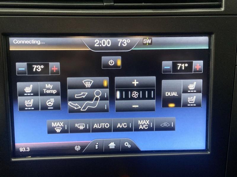 Lincoln MKZ 2016 price $14,250