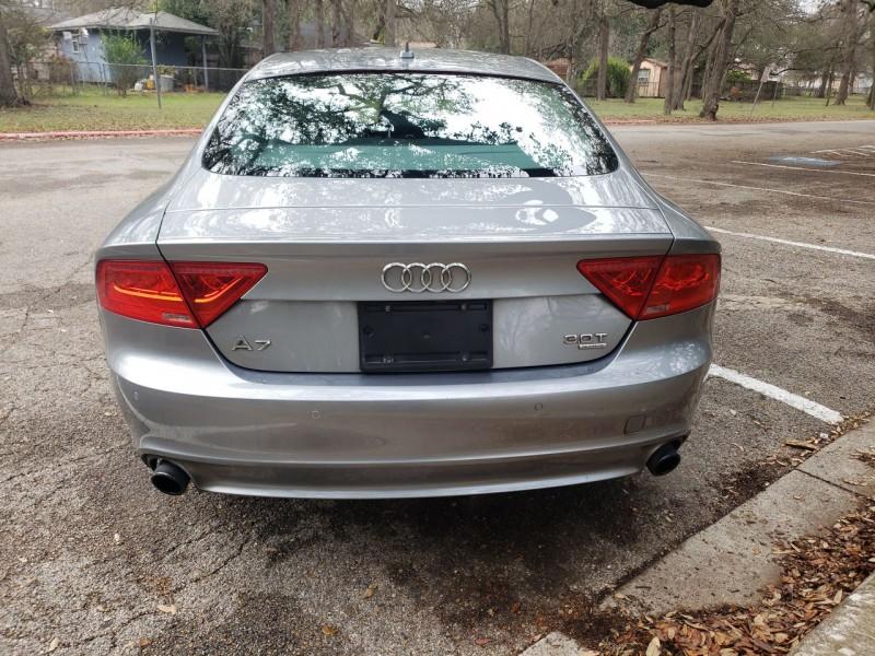Audi A7 2015 price $22,300