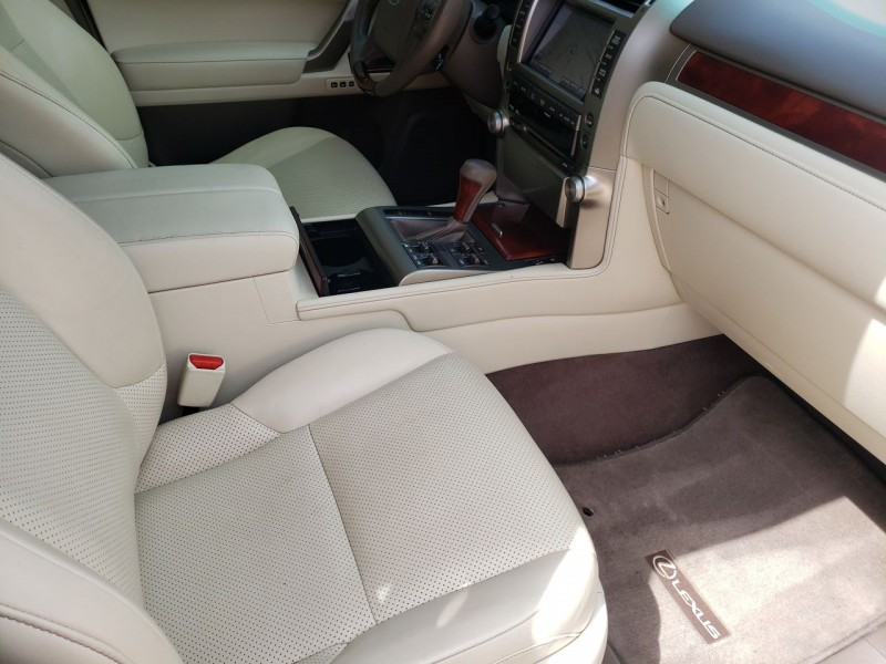 Lexus GX 460 Premium 2013 price $28,100