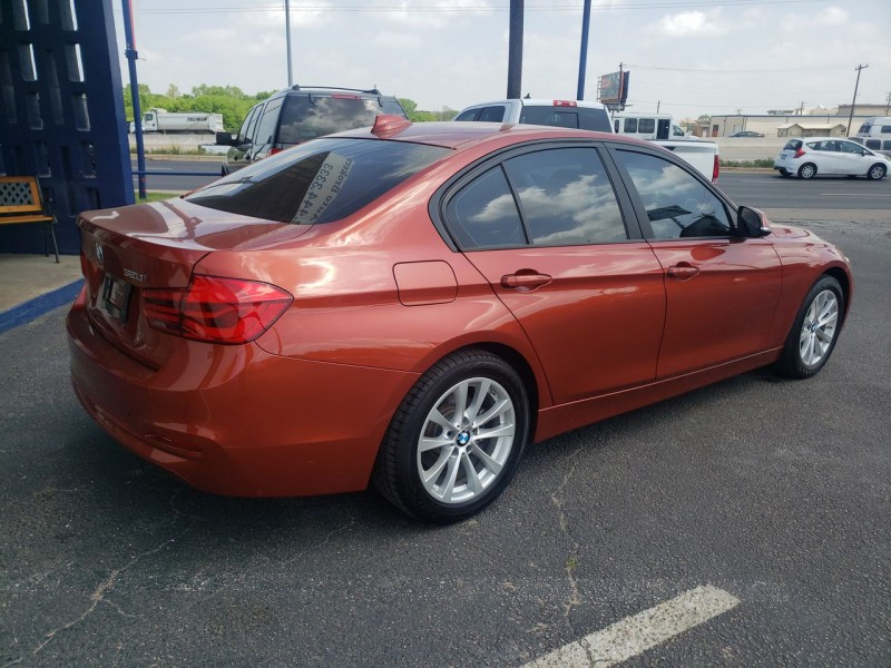 BMW 3-Series 2018 price $21,840