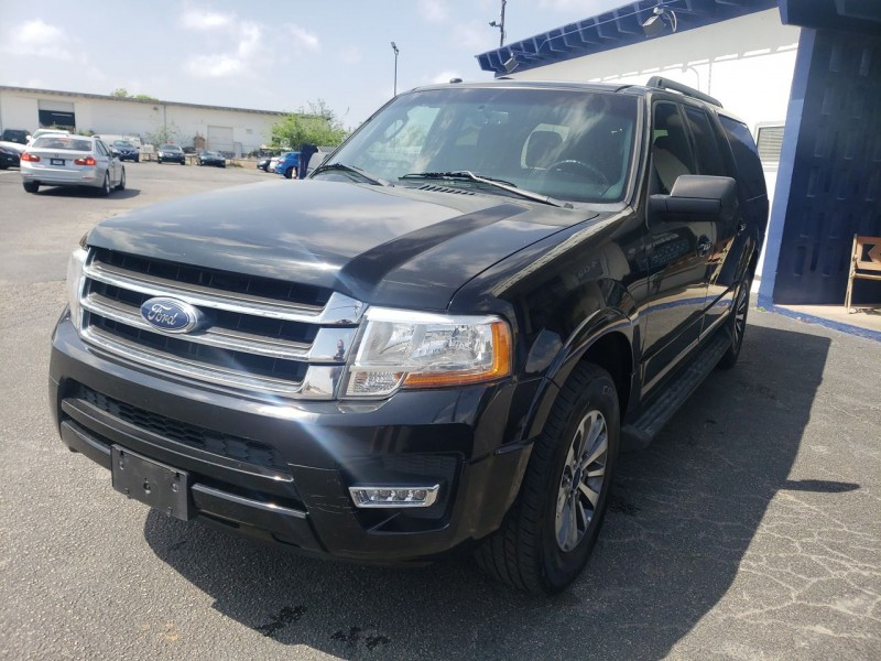 Ford Expedition EL XLT 2017 price $25,800