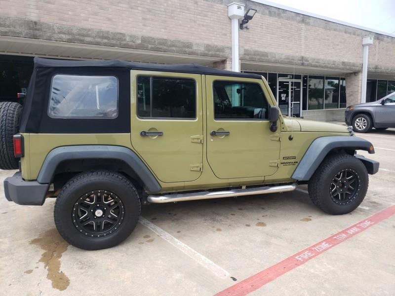 Jeep Wrangler Unlimited 2013 price $24,490
