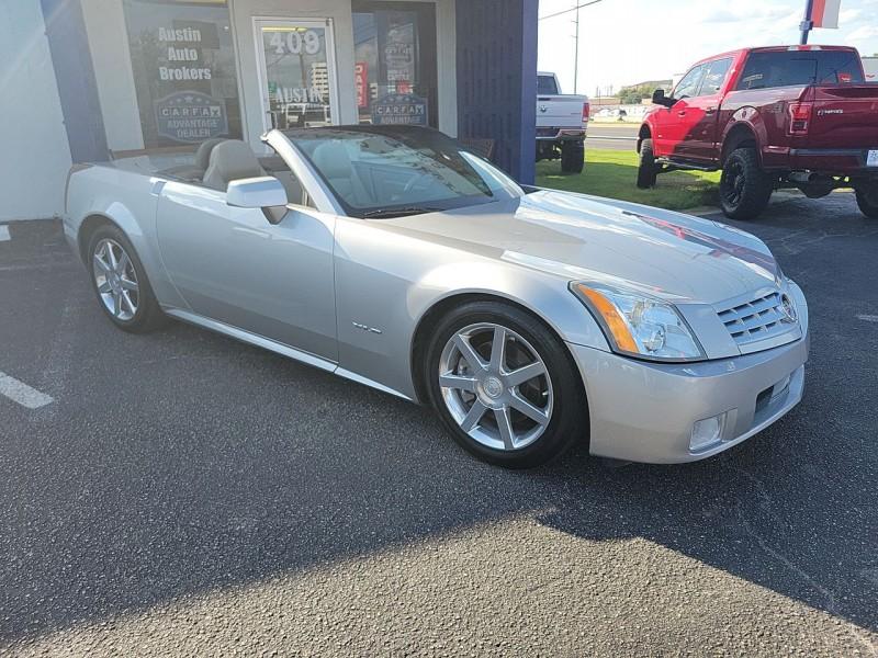 Cadillac XLR 2005 price $22,400