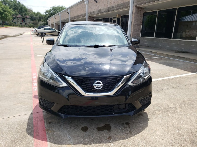 Nissan Sentra 2018 price $17,990