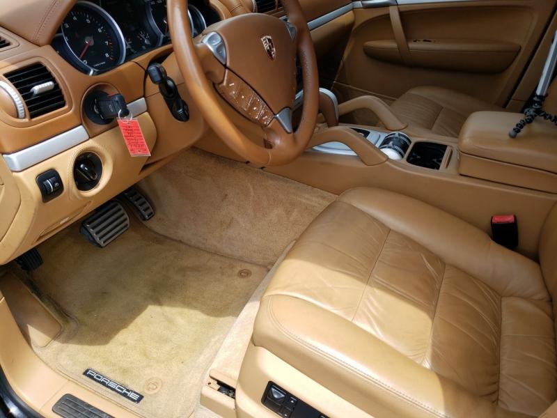Porsche Cayenne 2004 price $15,990