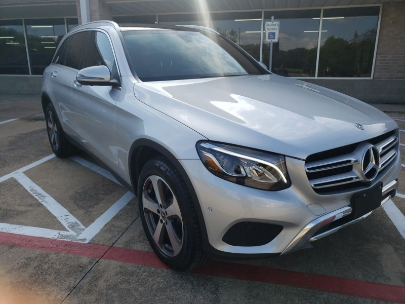 Mercedes-Benz GLC 300 2018 price $35,990