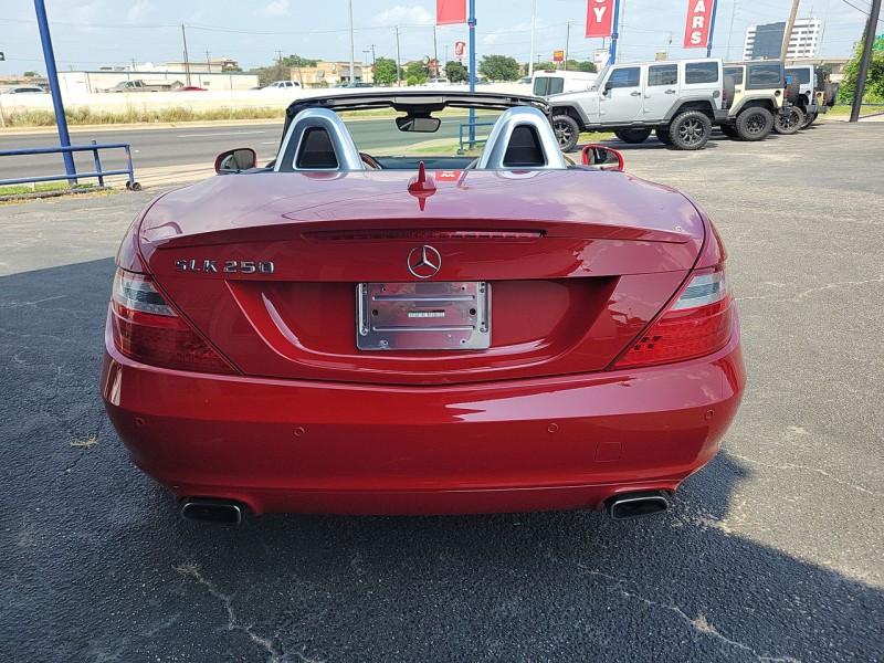 Mercedes-Benz SLK250 Convertible 2014 price $28,990