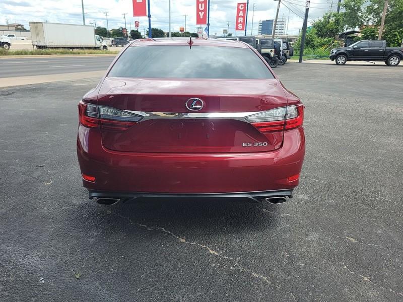 Lexus ES 350 2017 price $31,400