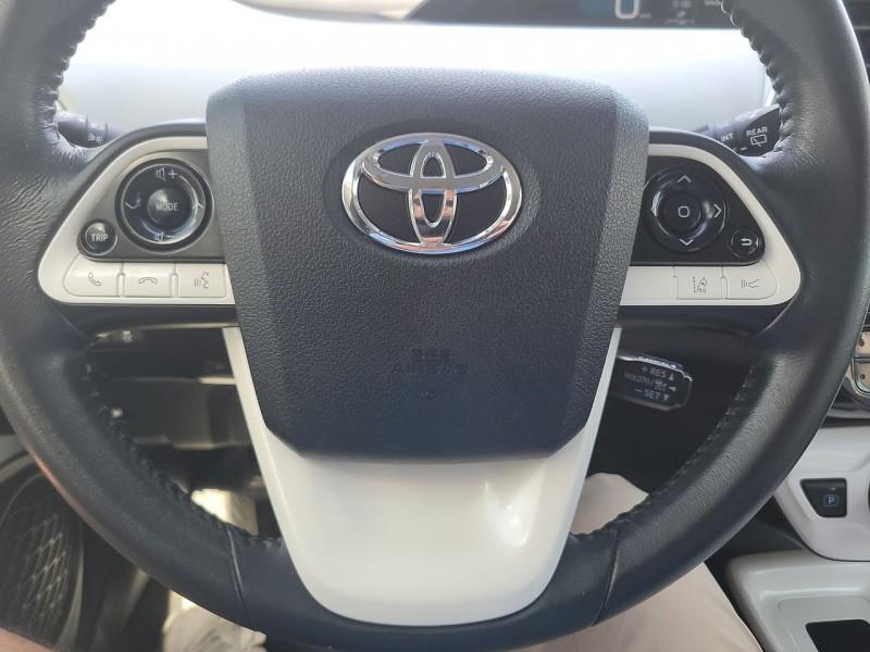 Toyota Prius Three Touring 2016 price $19,590