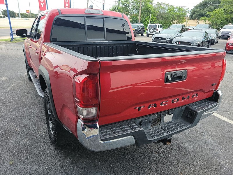 Toyota Tacoma 2016 price $33,890