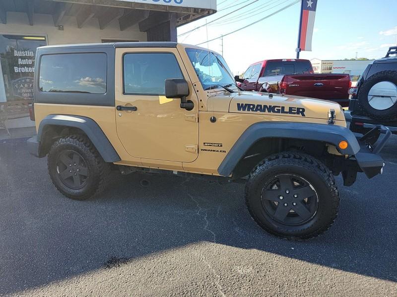 Jeep Wrangler 2013 price $26,990