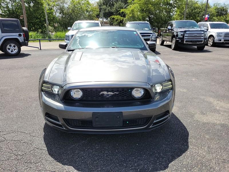 Ford Mustang GT Premium 2013 price $25,700