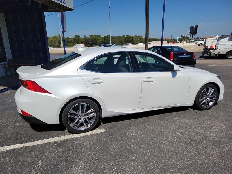 Lexus IS 2019 price $34,600
