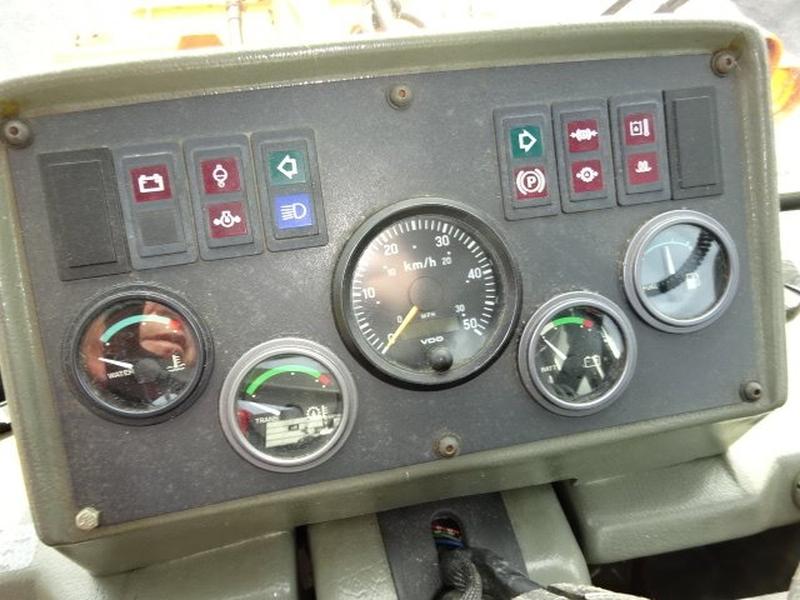 Hyundai hl 720-3 2002 price $27,500