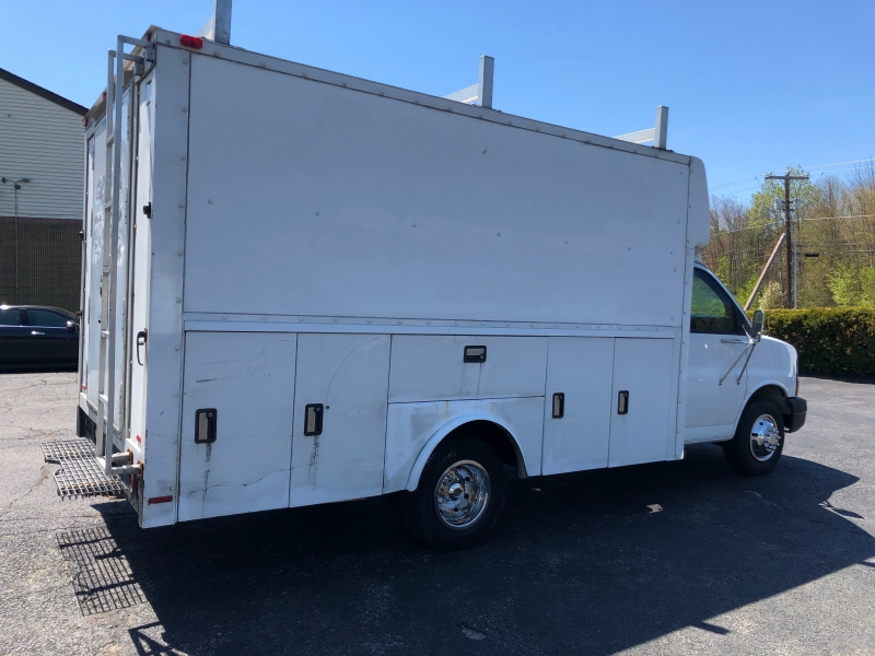 Chevrolet Express Commercial Cutaway 2003 price $6,900