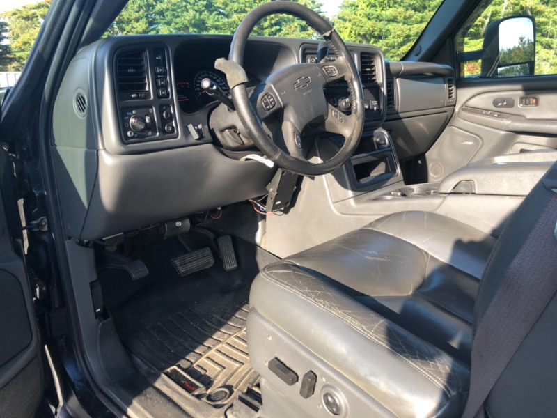 Chevrolet Silverado 2500HD 2005 price $11,500