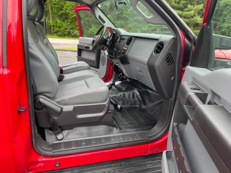 Ford Super Duty F-350 SRW 2013 price $30,900
