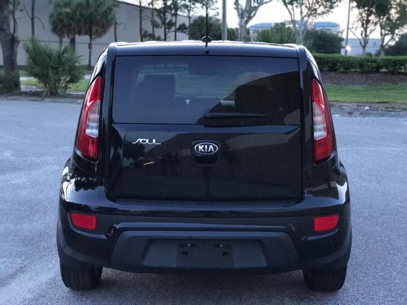 Kia SOUL 2013 price $5,900
