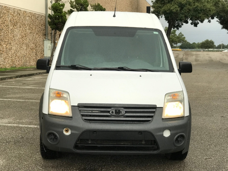 Ford TRANSIT CONNECT 2011 price $8,200