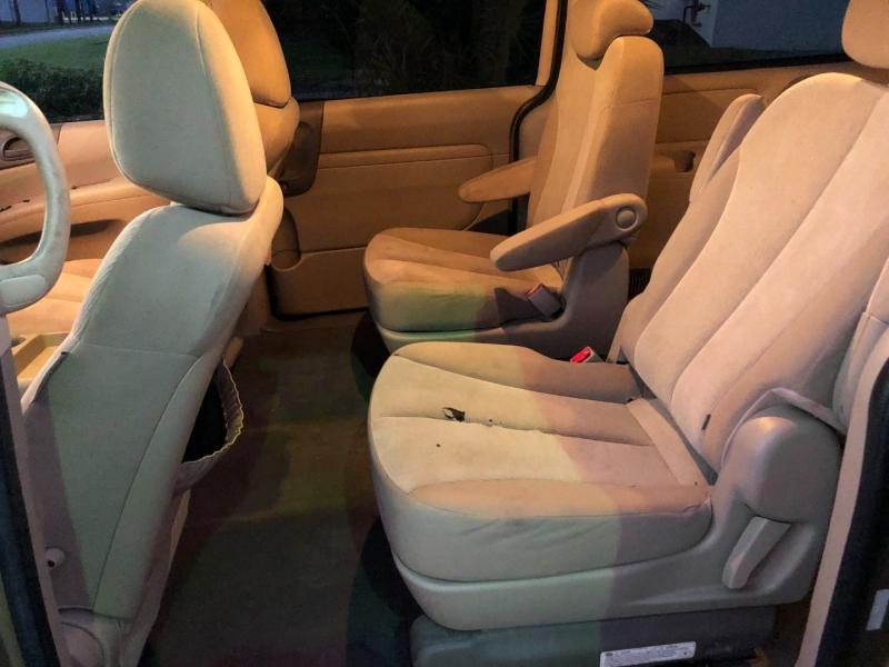 KIA SEDONA 2010 price $4,300
