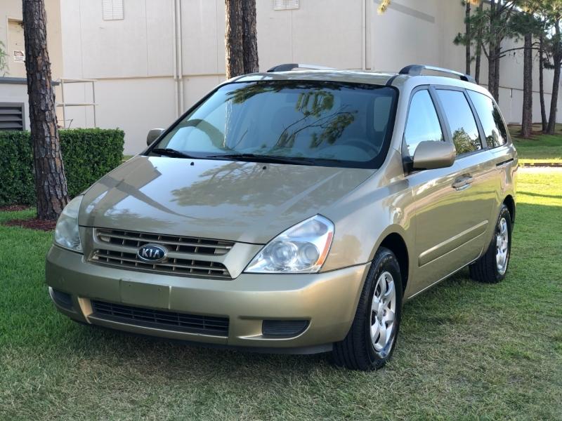 KIA SEDONA 2009 price $3,700