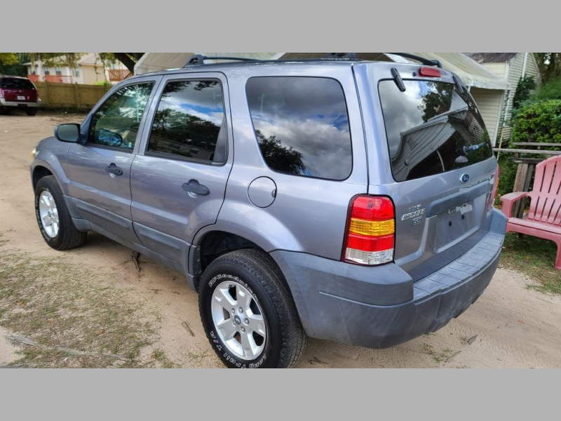 FORD ESCAPE 2007 price $2,995