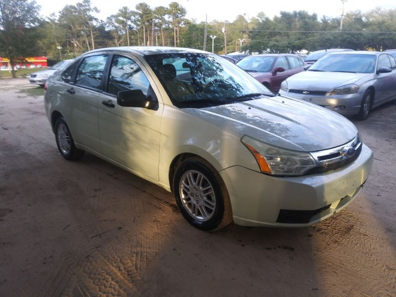 FORD FOCUS 2010 price $2,495