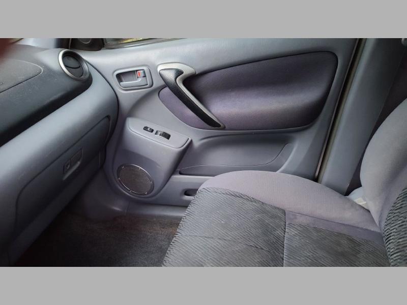 TOYOTA RAV4 2001 price $2,995