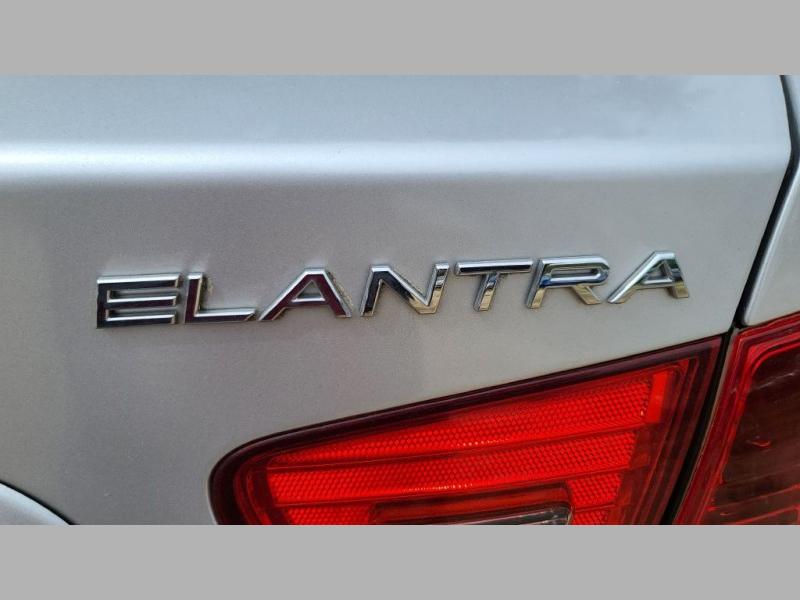 HYUNDAI ELANTRA 2010 price $3,995