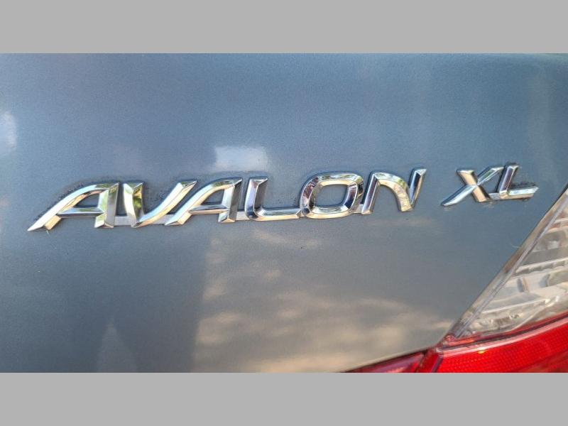 TOYOTA AVALON 2003 price $2,995