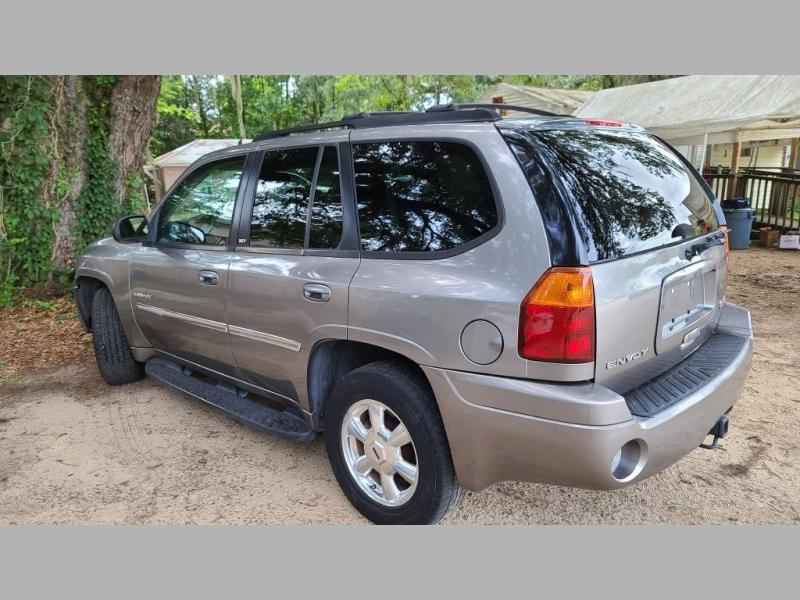 GMC ENVOY 2006 price $3,995