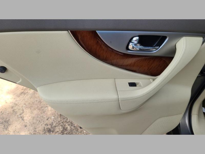 INFINITI FX35 2012 price $13,999