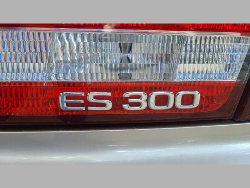 LEXUS ES 2000 price $3,495