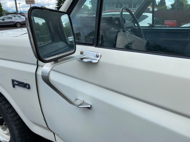 Ford F250 1985 price $3,750