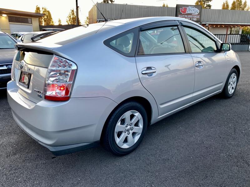 Toyota Prius 2007 price $6,775
