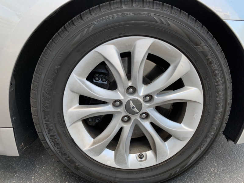 Hyundai Genesis 2012 price $7,499