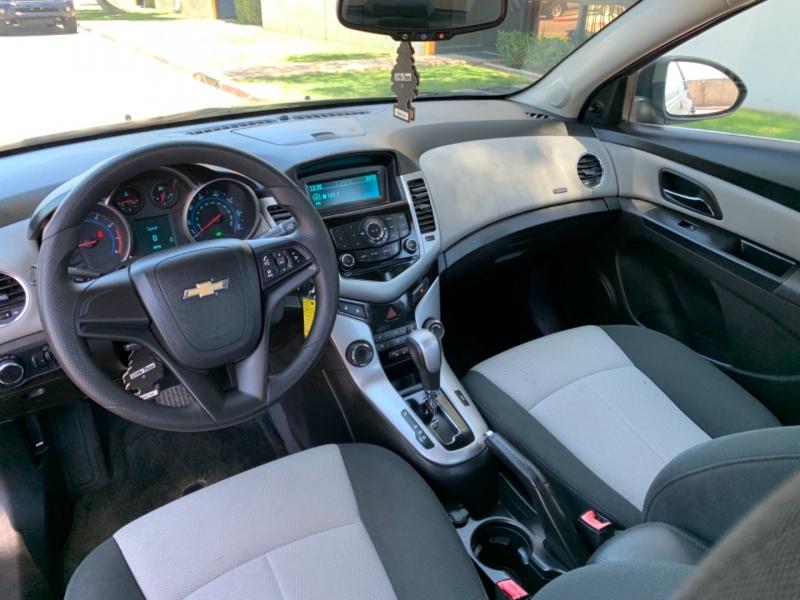 Chevrolet Cruze 2011 price $6,900