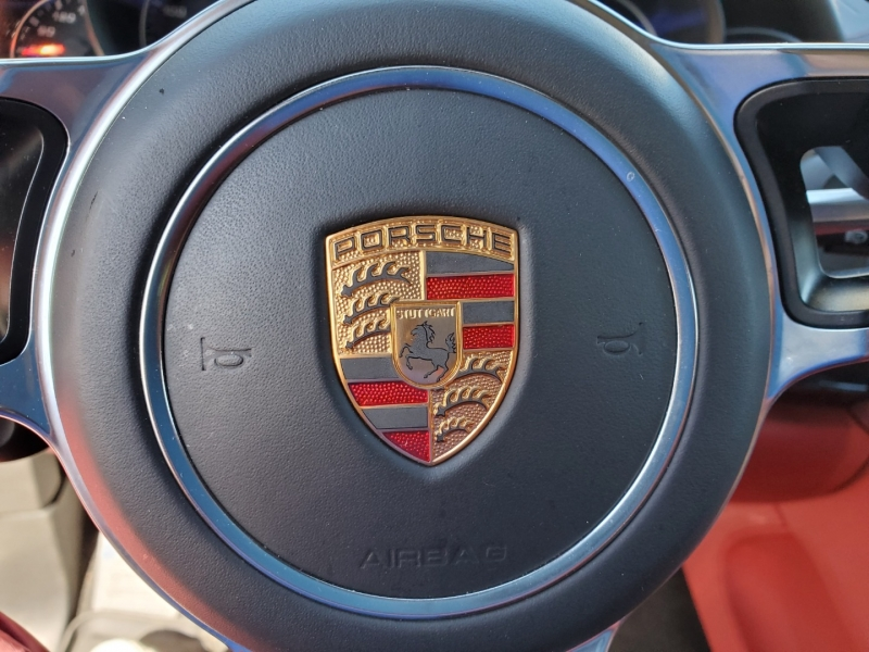 Porsche Cayenne 2016 price $73,029