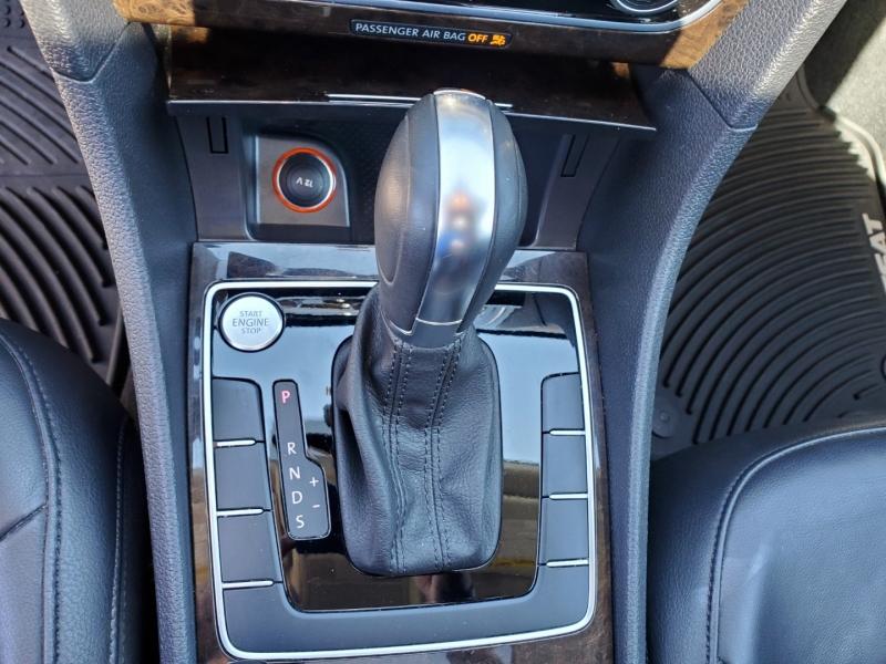 Volkswagen Passat 2015 price $16,598