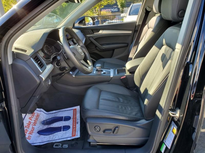 Audi Q5 2018 price $42,956