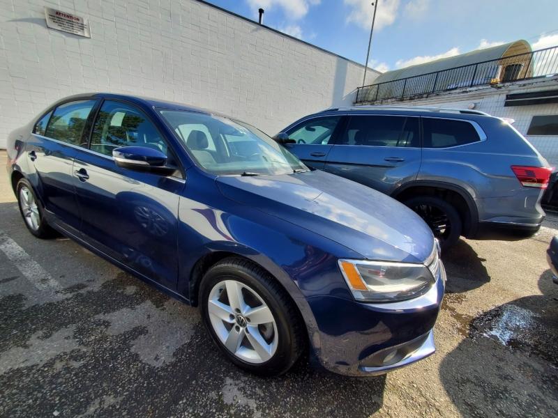 Volkswagen Jetta Sedan 2012 price $14,890