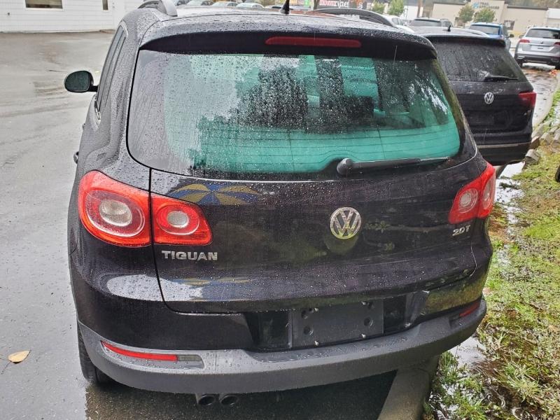 Volkswagen Tiguan 2009 price $11,995