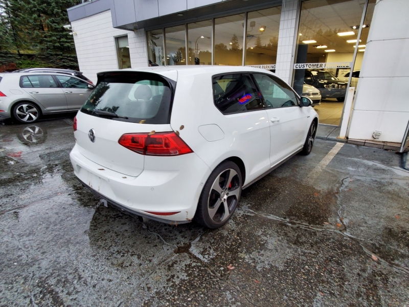 Volkswagen Golf GTI 2016 price $23,394