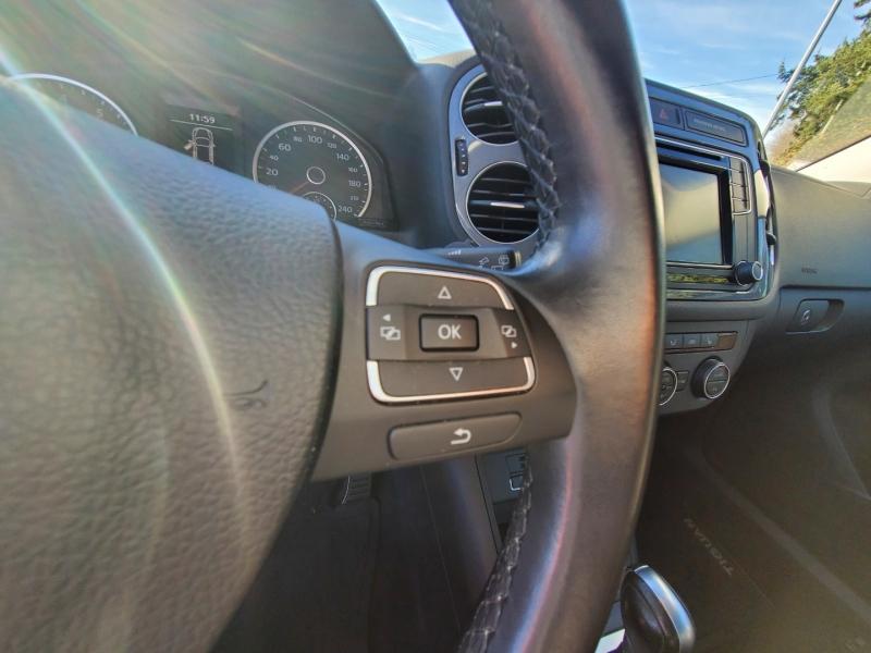 Volkswagen Tiguan 2017 price $21,852