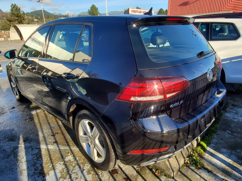 Volkswagen Golf 2019 price $24,685