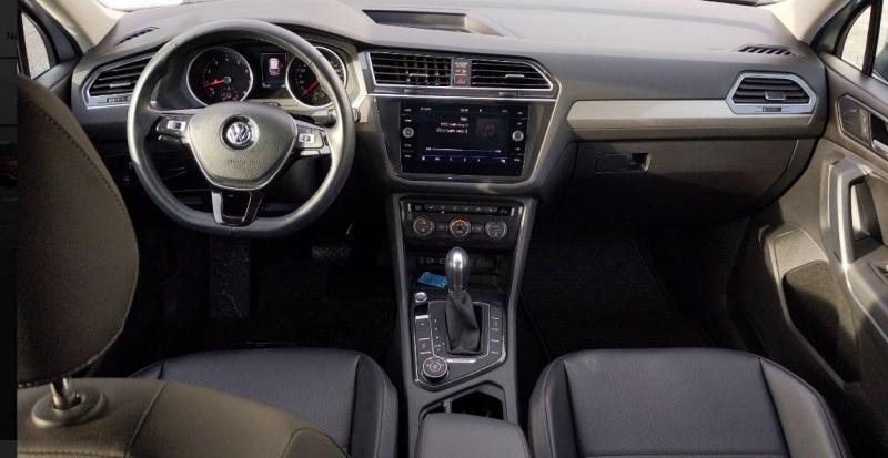 Volkswagen Tiguan 2018 price $30,495