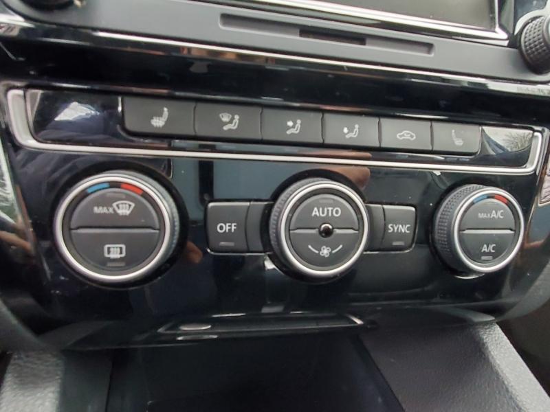 Volkswagen Jetta 2015 price $14,988