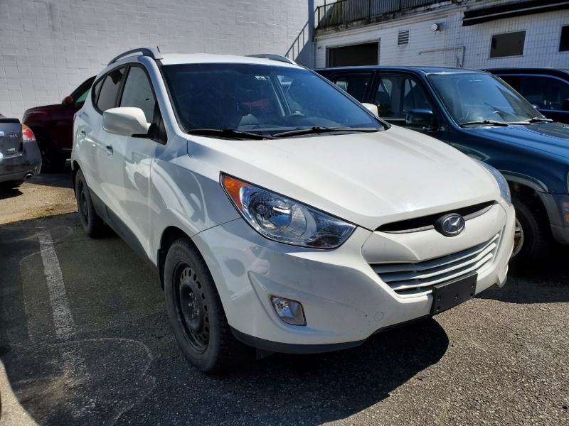 Hyundai Tucson 2013 price $10,188