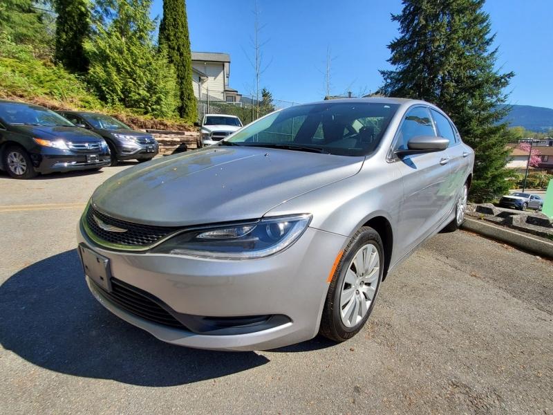 Chrysler 200 2015 price $17,895